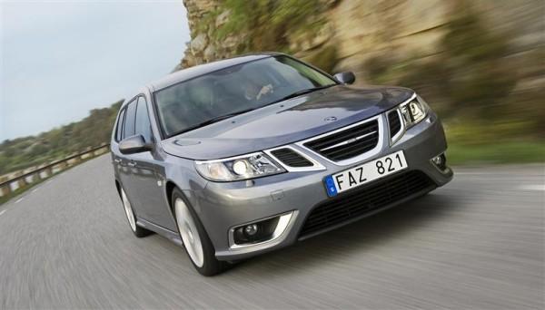 2010-Saab-9-3-Image-0014-800