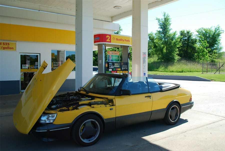 Saab 900 Monte Carlo Yelloww