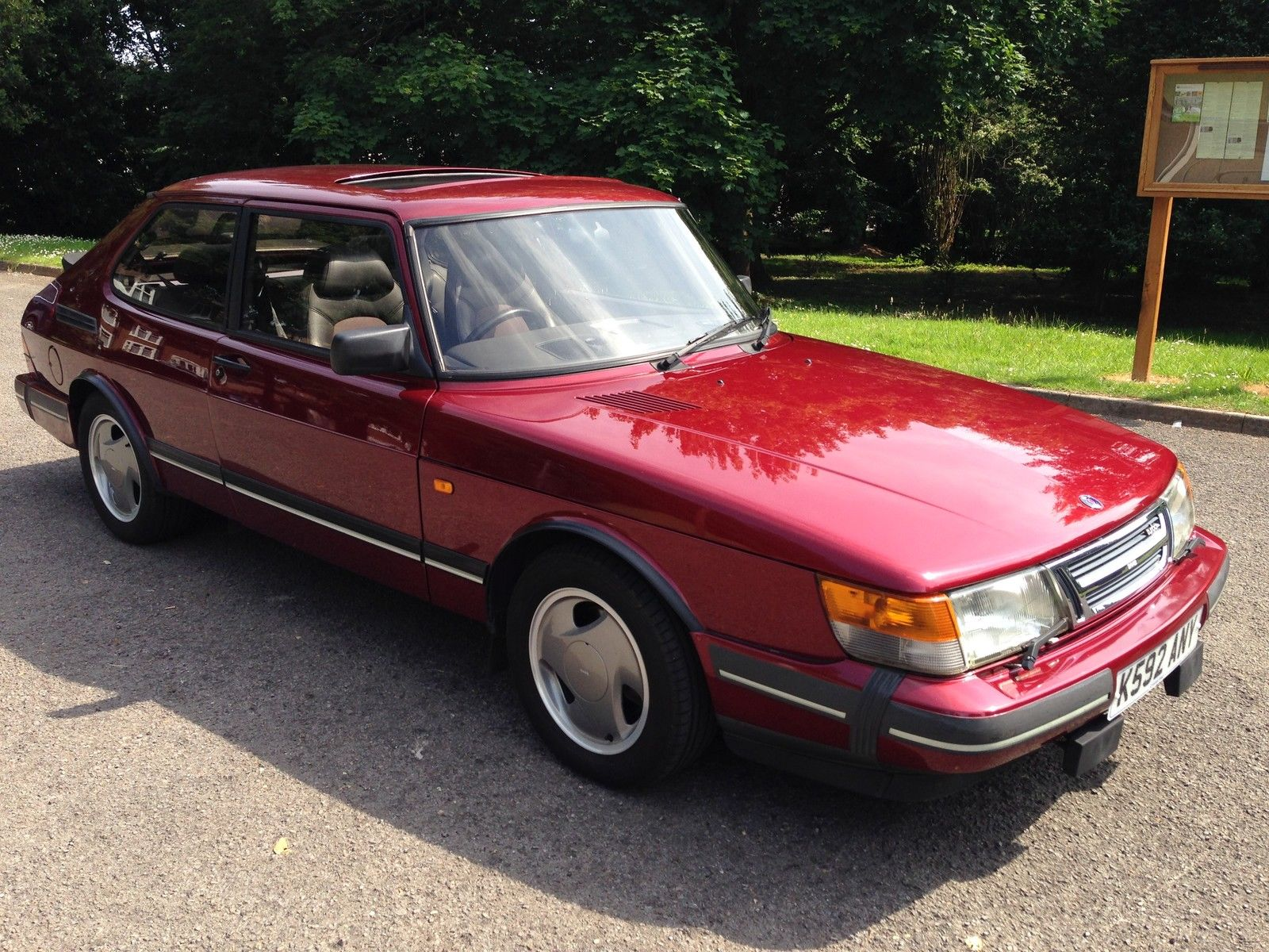 "Saab 900 T16S ""Ruby Edition"" on eBay"