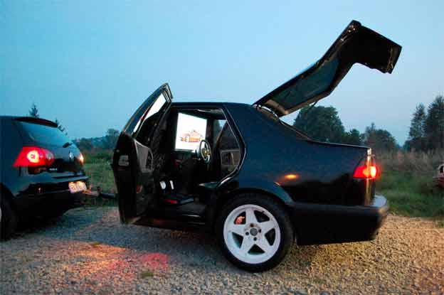 Saab 9000 Trailer