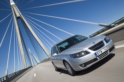 Uncertain sale of Saab by year-end