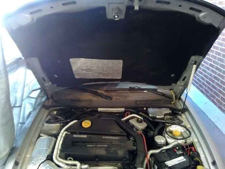 An Saab OEM replacement underhood insulations