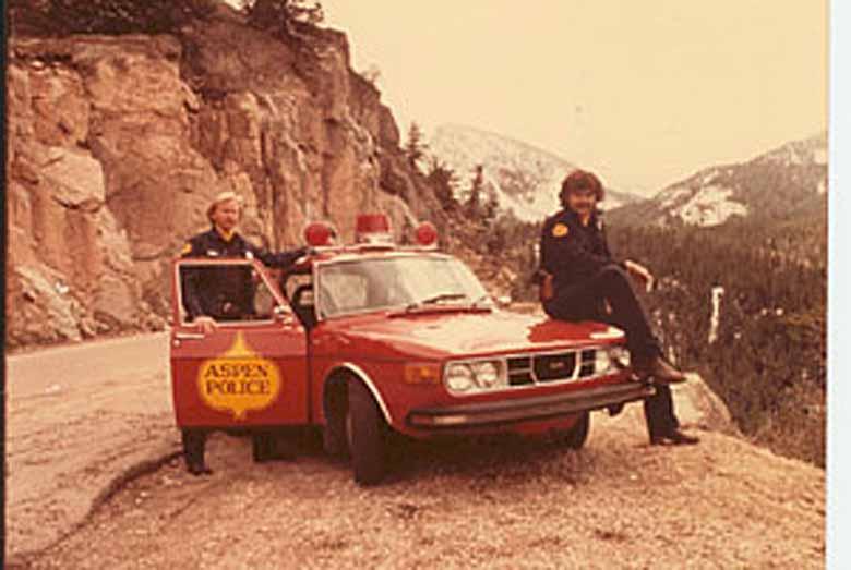 Aspen Police Department. Saabs.