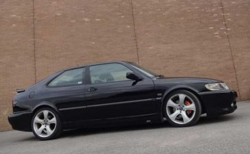 Black Saab Viggen