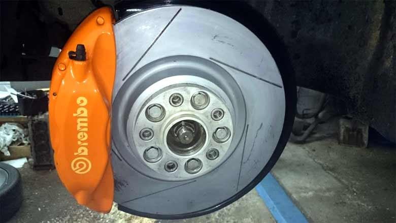 Brembo brakes on Saab 9-5