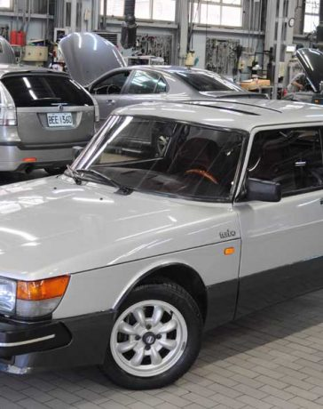 Classic Saab 900 Turbo Coupe