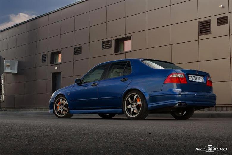 Cosmic Blue Saab 9-5