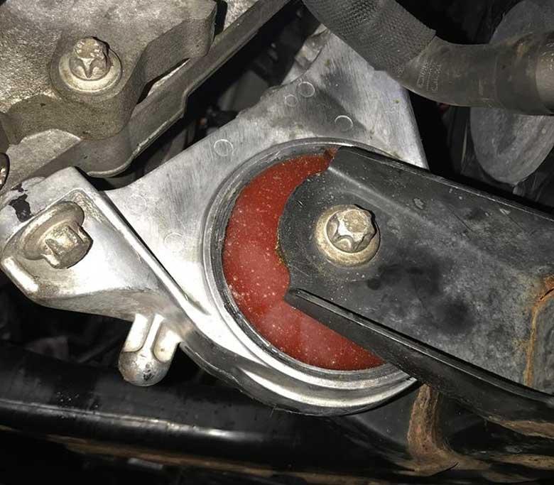 Saab Turbo X Custom engine mounts