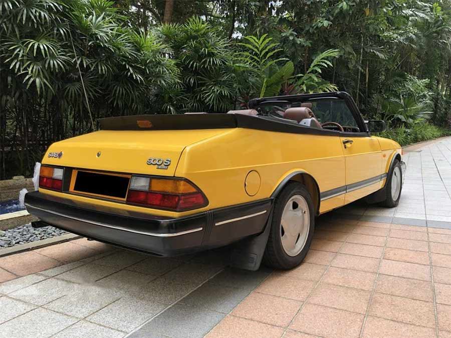 Saab 900 Convertible (New 10-yr COE)