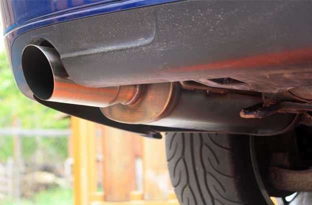 Magnaflow mufflers on Saab 9-3SS demo car