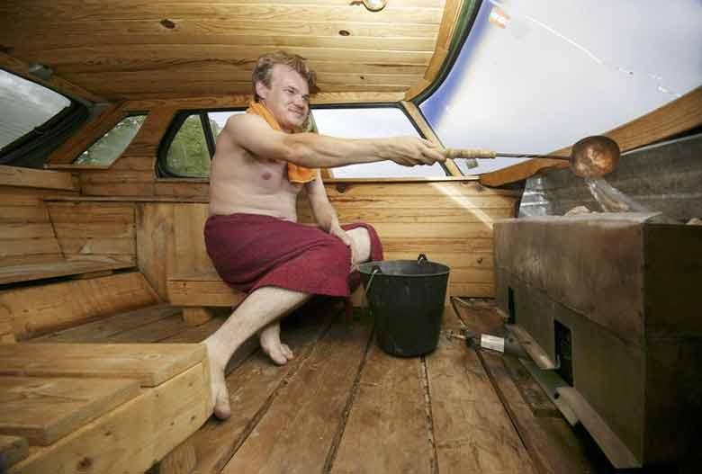 Magnus B. and his Saab Sauna