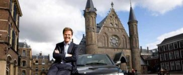 Mark Rutte and his Saab 9-3 OG