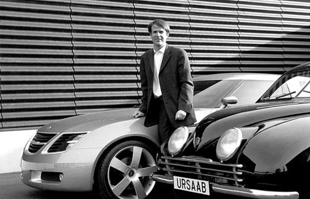 Michael Mauer with the Saab Concept-X and the 1947 Saab 92 prototype