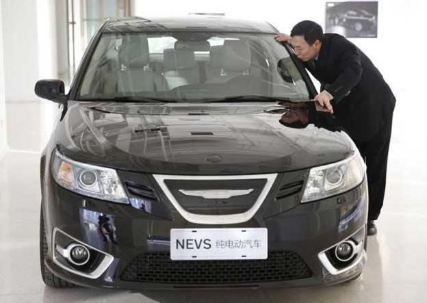 National Electric Vehicle Sweden Nevs Chairman Jiang Dalong Kisses An Car As