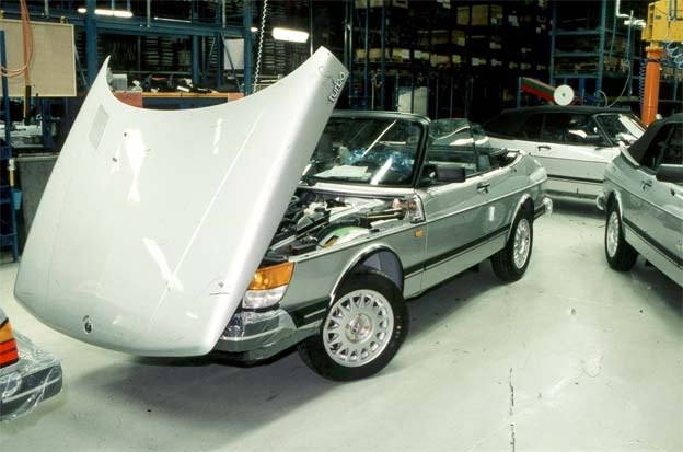 One of pre-series batch of 400 Saab 900 cabrios
