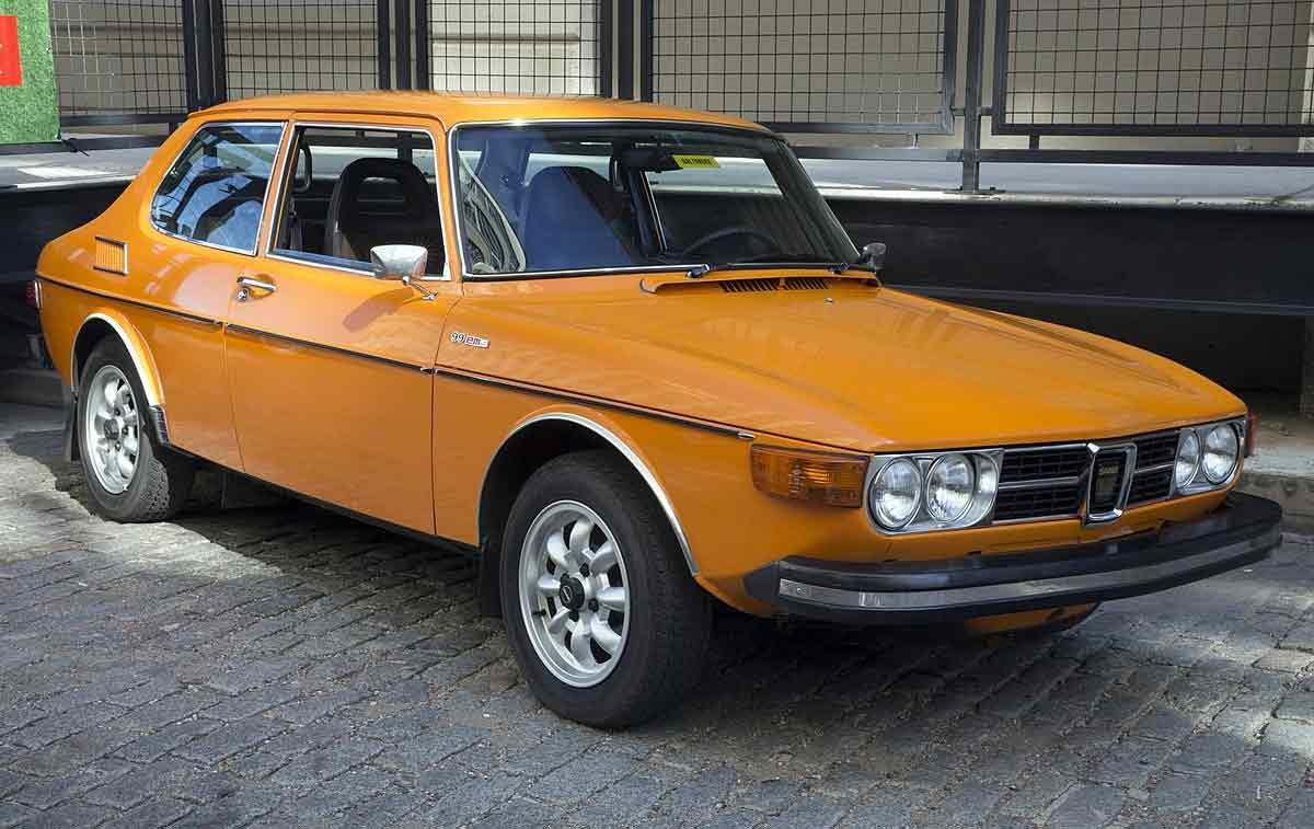 Orange Saab 99 EMS