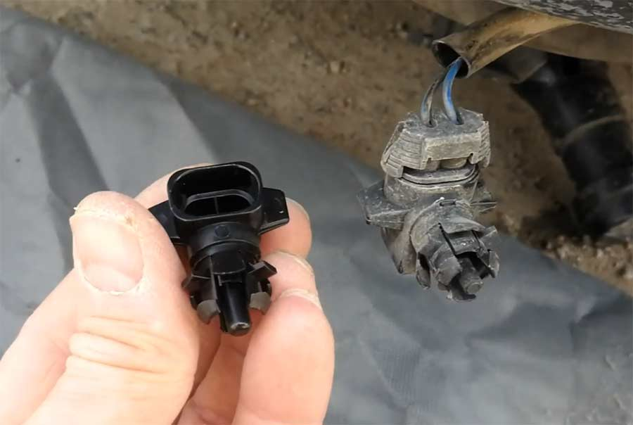 Outside Air Temperature Sensor Replacement