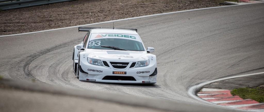 3 Saab 9-3 STCC on second STCC race of 2014