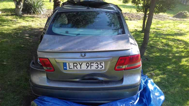 Saab 9-3 after raod accident