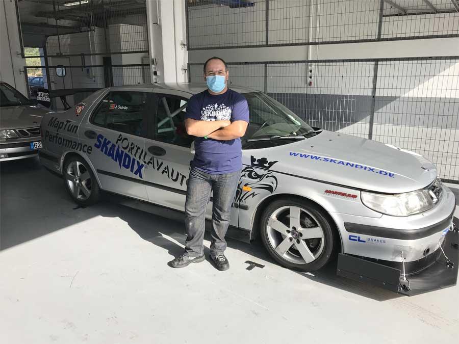 J. Galvão and his Saab 9-5