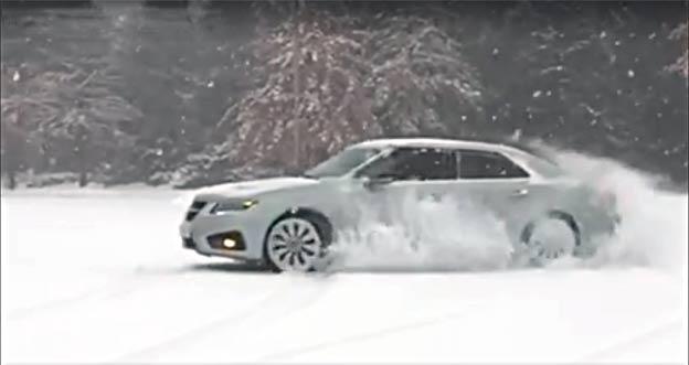Saab 9-5 NG Aero XWD snow dance