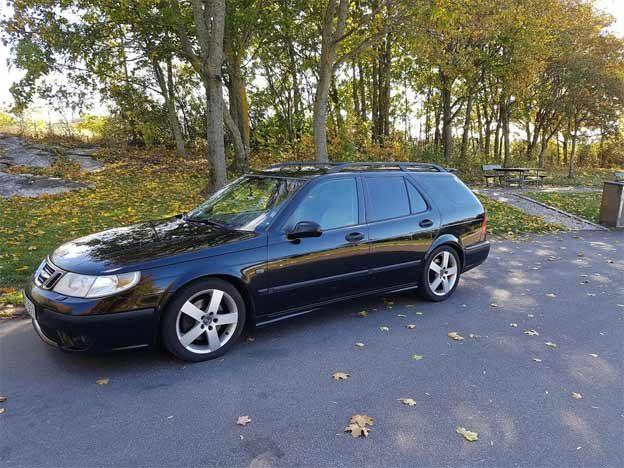 Markus's Saab 9-5 Sport Wagon