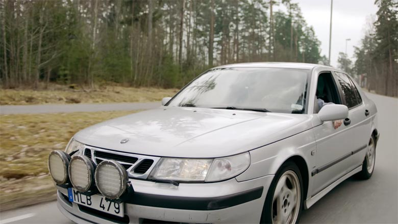 Saab 9-5 in TV Commercial
