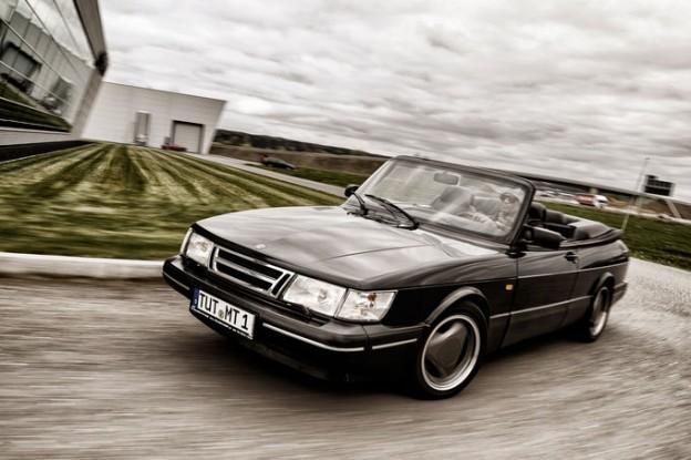 Saab-900