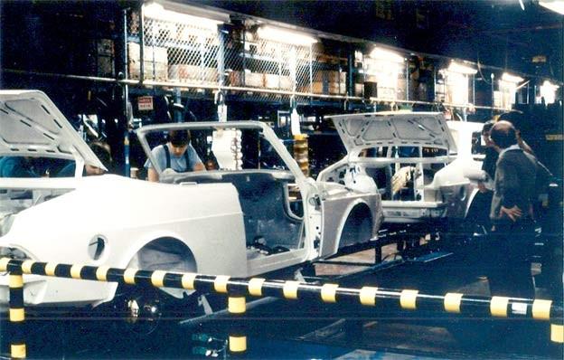 Saab 900 Convertible Porduction Line
