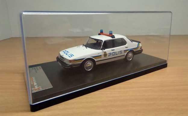 Saab 900 Police Scale model