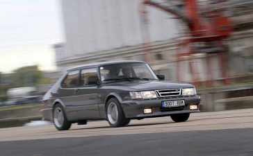 Front Big Brakes Kit for Tuned Saab 900 Classic Cars
