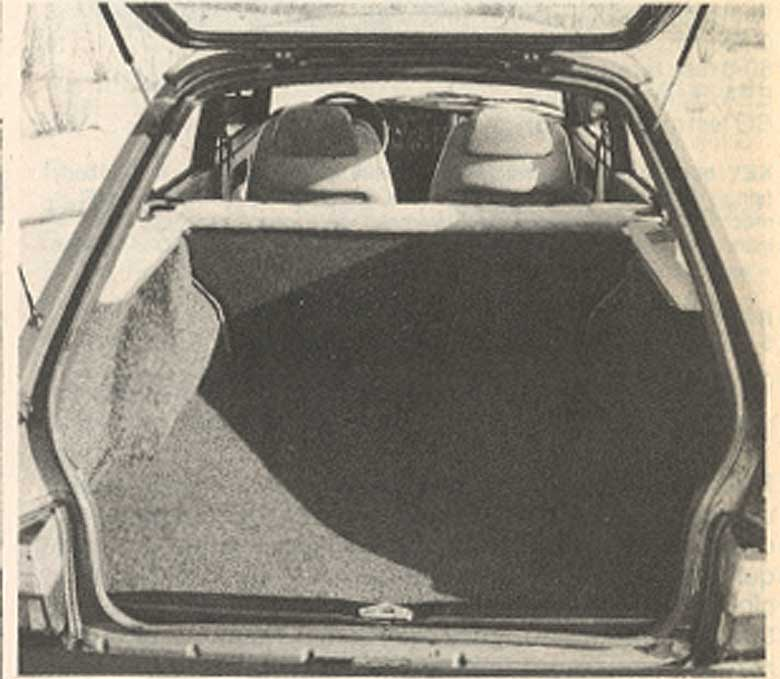 Saab 900 Rear door