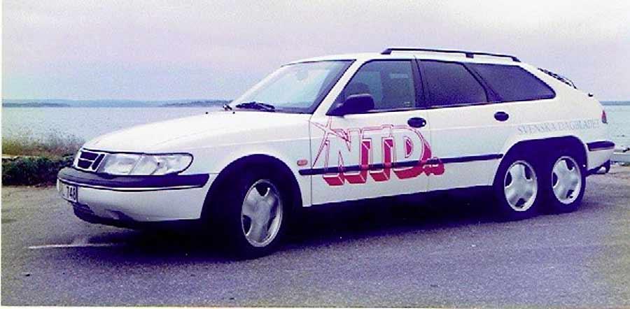 Saab 900 Six-wheeler