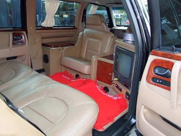 Saab 9000 Limo interior
