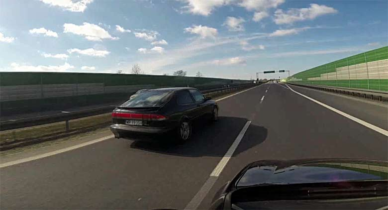 Tuned Saab 900NG 360hp vs. Golf V GTI 330Hp