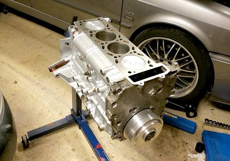 Saab B234R engine block