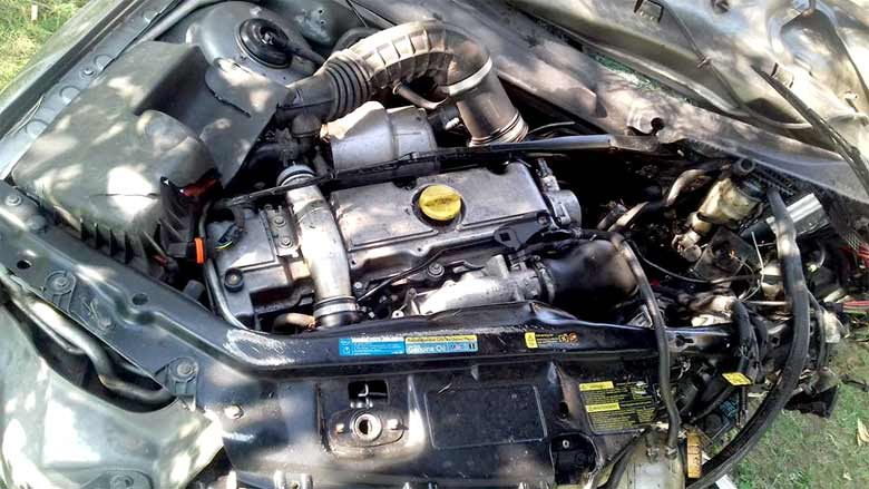Saab 9-3 engine bay after Accident