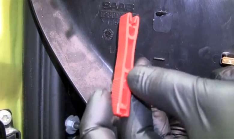 Saab Fuse puller