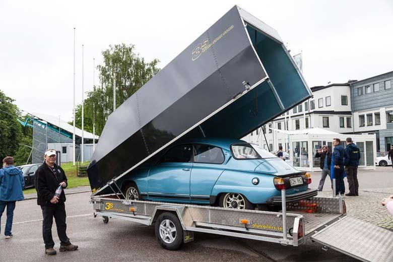 Saab 96 Jubilee arive