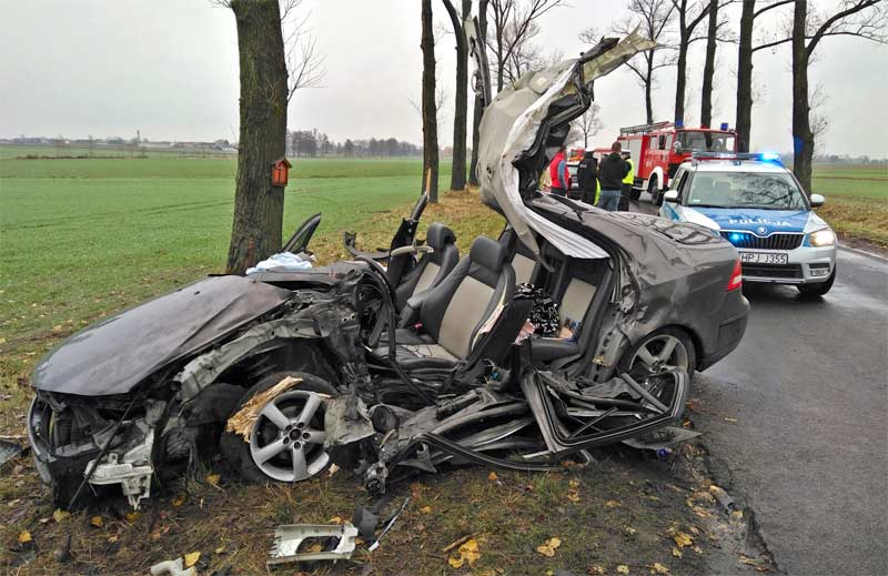 Saab 9-3 crash