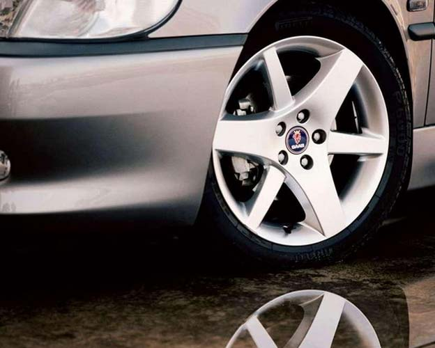 Choosing the Right Rims for Your Saab