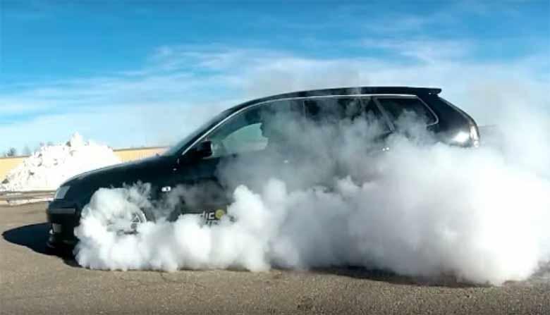 Saab 9-3 Sportcombi burnout