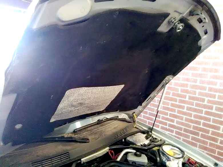 Saab 9-3 OG underhood insulation