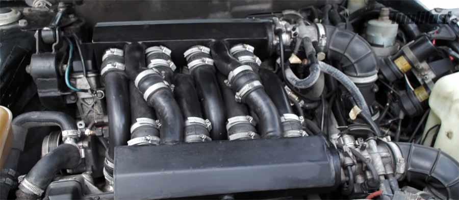 Saab V8 engine = 2x B202