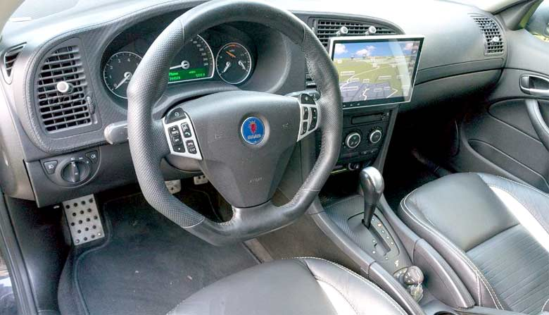 Saab Turbo X interior