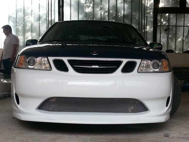 The A-zperformance bodykit mouted on Saab 9-3