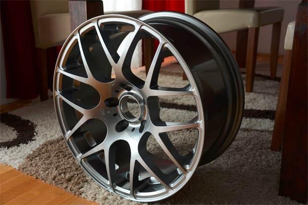 VMR V710 Gunmetal wheels