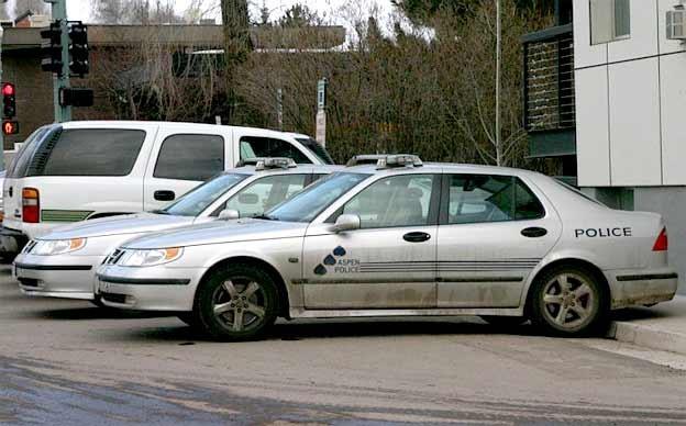 Aspen Police Saab 9-5