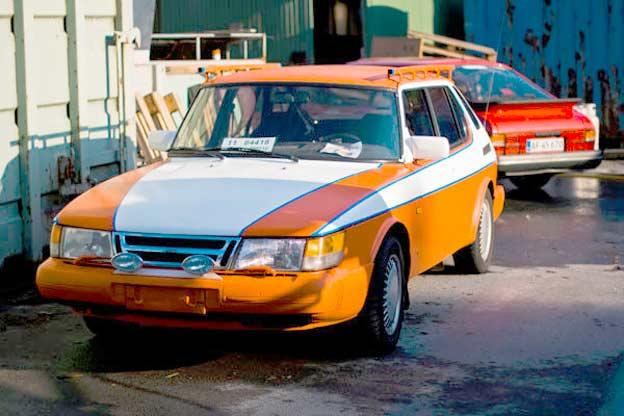 Disco Duck Saab 900i