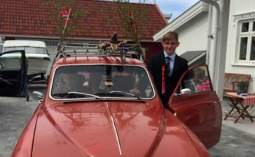 """Tord and his Saab 96: The V-4 """"ern from Ford that the SaabB 96 is equipped with runs smoothly and flawlessly after the owner changed the ignition system on the car."""